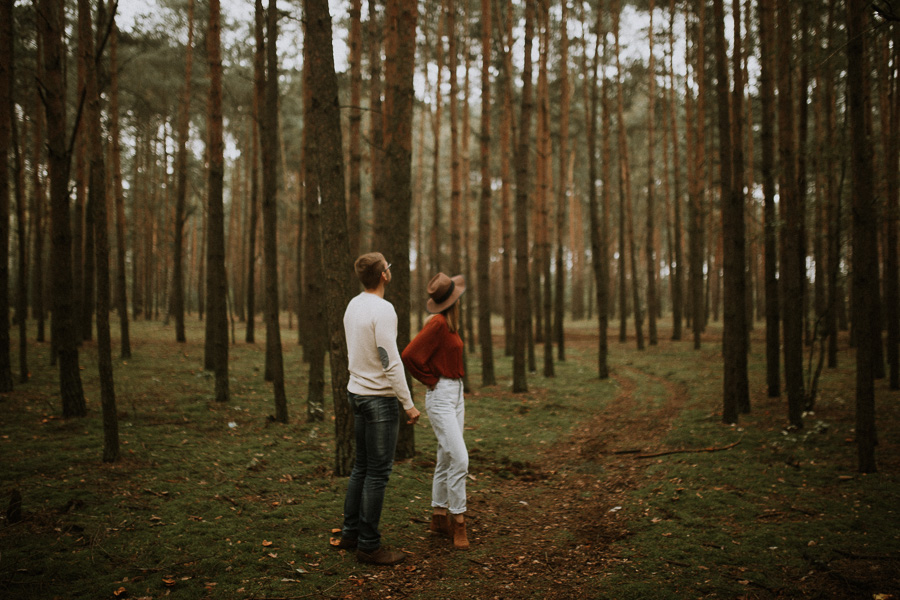 boho forest engagement session wedding photography